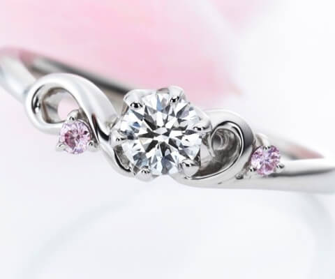 MILK & Strawberry オープニング 婚約指輪